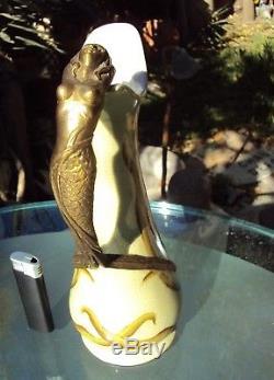 Aiguière pichet carafe art nouveau J-B-T anno-1906 anse femme bronze ou laiton