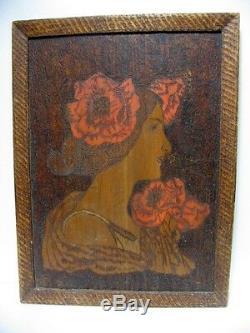 Ancien tableau en bois gravé époque Art Nouveau portrait femme