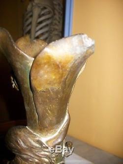 Ancien vase art nouveau en régule représentant femme avec fleur signé cahuzac