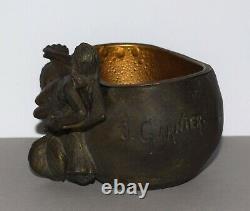 Art Nouveau vide poche Cache-pot signé Jean GARNIER femmes