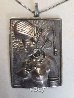 BIJOU ancien pendentif Art Nouveau signé CL Buste femme Afrique ca 1900