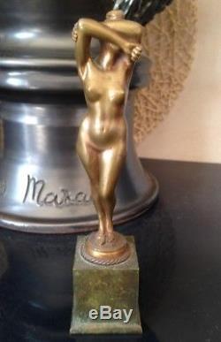 Beau petit bronze Femme Nue à l'éveil 1900 Art nouveau non signé