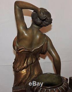 Belle Terre Cuite De Goldscheider Femme A L'amphore Art Nouveau Jugenstil