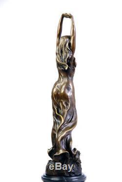 Belle jeune femme, sculpture en bronze art nouveau signée envoi gratuit