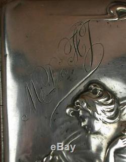 Boite Etui A Cigarette Ancien En Argent Massif A Decor De Femme Art Nouveau