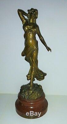 Bronze Dussart Femme au voile le réveil art nouveau