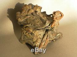 Coffret boite à bijoux en bronze art nouveau 1900 signé pfeffer sculpture femme