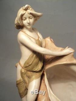 Coupe Porcelaine Royal Dux Femme Naïade Coquillage Art Nouveau Jugendstil 1900