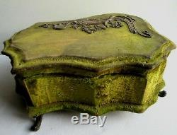 Grande boite à bijoux Art Nouveau capitonnée, bois et velours, Déco femme bronze