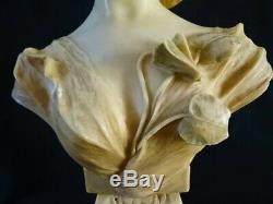 J. Masini Art Nouveau Buste Femme Fleurs Mascaron-Marbre (19,5 kg Haut 56,5 cm)