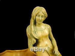 Jeune femme au homard jardinière art nouveau Bernhardt BLOCH Jugendstil Eichwald