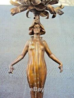 Jolie pied de lampe art-nouveau femme en régule début 20 ème