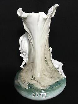 KARL ENS Porcelaine VOLKSTEDT Vase ART NOUVEAU Femme à Lenfant Au Bord De Mer