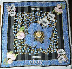 LALIQUE grand foulard carré en soie titré Fleurs d'émail, style art nouveau