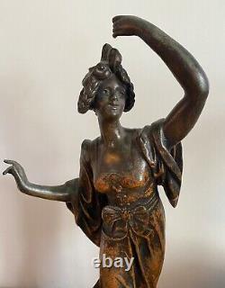 Lampe Art Nouveau Femme au Drapé par Emile Bruchon