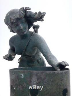 Lampe Veilleuse Femme Cigale époque Art Nouveau 1900