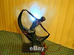 Magnifique Et Grande Lampe D'ambiance Style Art Déco Femme Dansant Très Deco