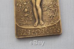 Medaille flore de l. Coudray femme art nouveau bronze 65,7 gr