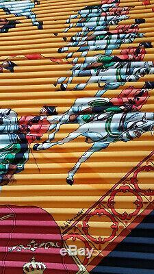 NEUF Hermès carré plissé''Real Escuela Andaluza Del Arte Equestre'' 100% soie