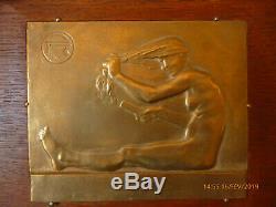 Plaque bronze art nouveau femme nue assise se coiffant 180x150mm