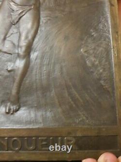 Plaque médaille bronze Le Vainqueur femme M Konnert FRENCH ART NOUVEAU