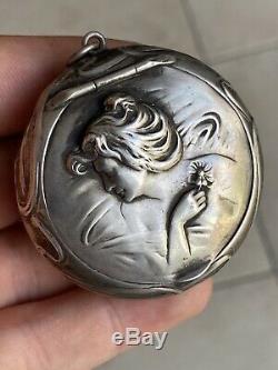 RARE BELLE BOITE ANCIENNE PILULE POUDRIER ARGENT MASSIF ART NOUVEAU Femme Mucha