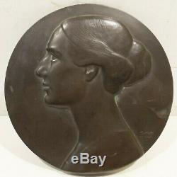 Ronde Art Nouveau/Art Déco Bronze Plaque Femme Portrait Signé P. P. Pfeiffer