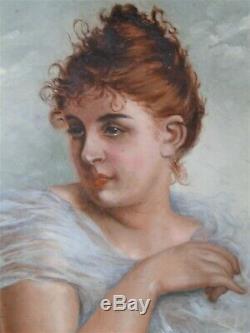 Splendide Grand Plat En Terre Cuite 1900 Peint A La Main Portrait De Femme 1900