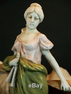 Superbe Ancien Ravier Vase Femme Conque Royal Dux Amphora Austria Art Nouveau