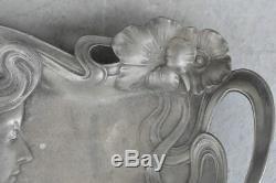 Vide poche étain de style Art nouveau 1900 jeune femme